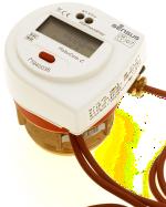 - Kompakte Messkapsel mit Koaxial-Anschluss und fest angeschlossenem Vorlauf-Fühler sowie integriertem Rücklauf-Fühler - als geeichte Einheit - NEU: Option Wärme-/Kältezähler – mit programmierbarem automatischem Umschaltpunkt - NEU: Große umfangreiche LC-Anzeige – mit einstellbarer Maskierung - Optionale M-Bus-Schnittstelle – gemäß EN 1434-3 - Eingabe-Möglichkeit von M-Bus-Sekundäradresse und Kundennummer direkt am Gerät– ohne weitere Hilfsmittel! - Optionale Mini-Bus-Schnittstelle – für kostengünstige Fernauslesung. - NEU: Option M-Bus oder Mini-Bus mit zwei zusätzlichen Eingängen – für Verbrauchszähler mit Fernzähl-Impulsausgang. - Optische Datenschnittstelle zur Ablesung mit Handheld-Systemen - Tariffunktion für flexible Wärmeverbrauchsabrechnungen (z.B. in Abhängigkeit von der Wärmeleistung) - NEU: Optionaler integrierter Datenlogger - Optional erhältlich als PolluCom C/S mit abnehmbarem Rechenwerk - Direkt passend in das jeweilige Original-Gehäuse